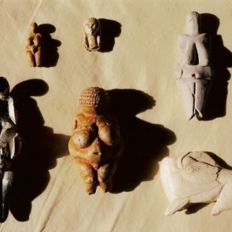 Vénus paléolithiques, moulages de Vivien Lacueille